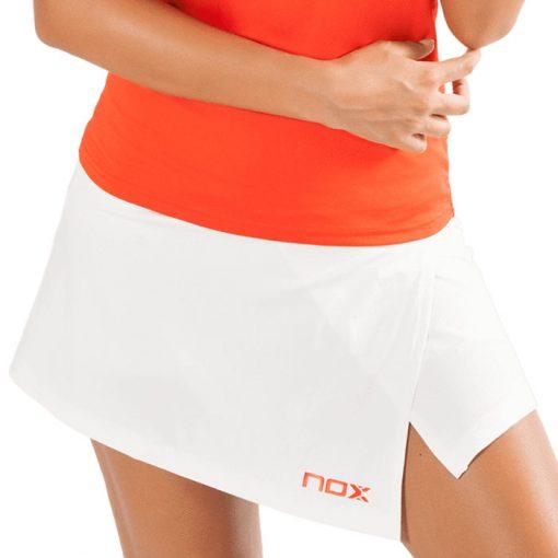 Falda Nox Team Blanca Detalle